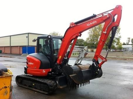 2.6 - 5.9 Tonne Mini Excavator for hire