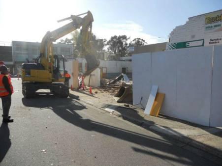 4 - 5.9 Tonne Mini Excavator for hire