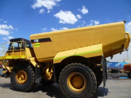 CAT 773E Rigid Water Truck
