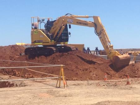 14 Tonne Excavator, Summitomo 2013 for hire