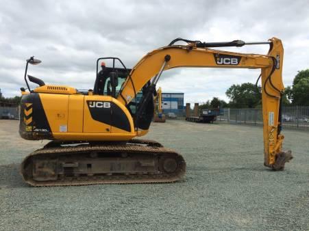 13 Tonne Excavator for hire