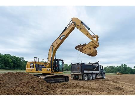 32 Tonne Excavator for hire