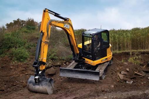 8 Tonne Excavator for hire