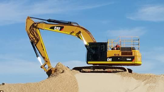31 - 35 Tonne Excavator for hire
